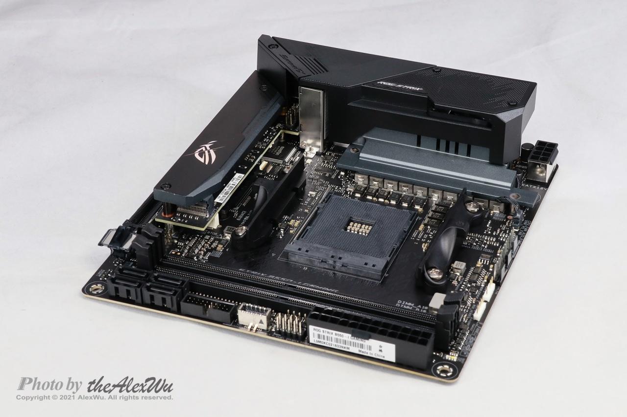非評測:華碩ROG STRIX B550-IGAMING主機板